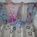 nouvelles écharpes et bracelets en tous genres
